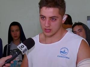 Estudante argentino lembra como foi o acidente (Foto: Reprodução/RBS TV)