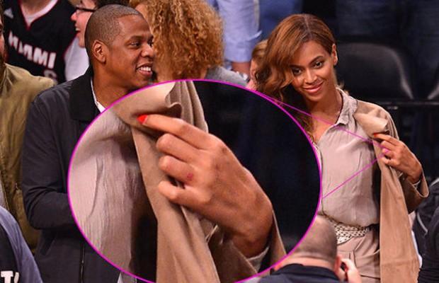 Em fotos: Beyoncé removeu tatuagem do dedo anular - ÉPOCA