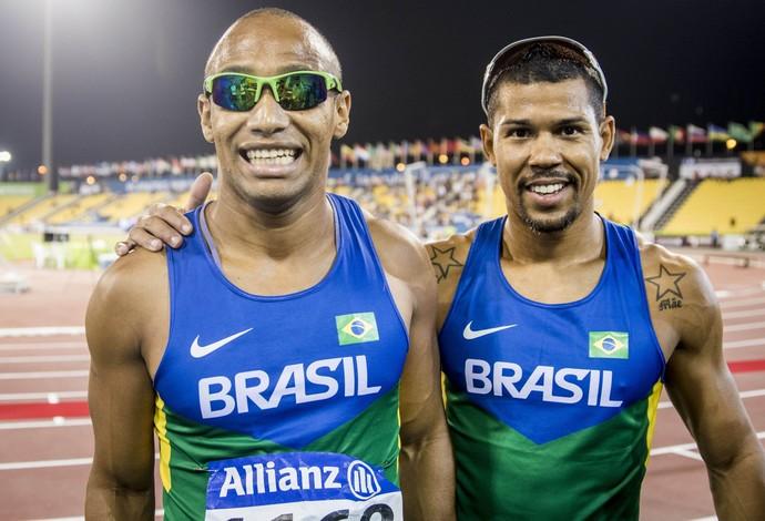 Após a medalha de prata nos 100m, Felipe Gomes e Jorge Augusto ainda podem subir mais duas vezes ao pódio no Mundial de Doha (Foto: Daniel Zappe/CPB)