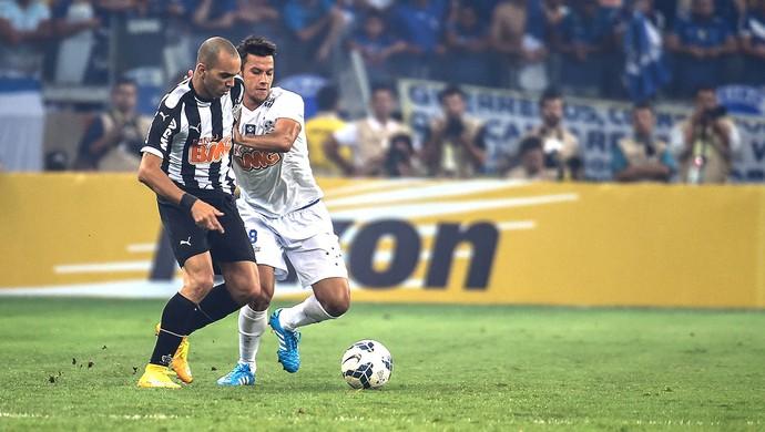Diego Tardelli, Cruzeiro X Atlético-mg (Foto: Gustavo Andrade)