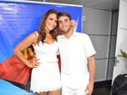 Ivete Sangalo posa com o marido antes de show de réveillon