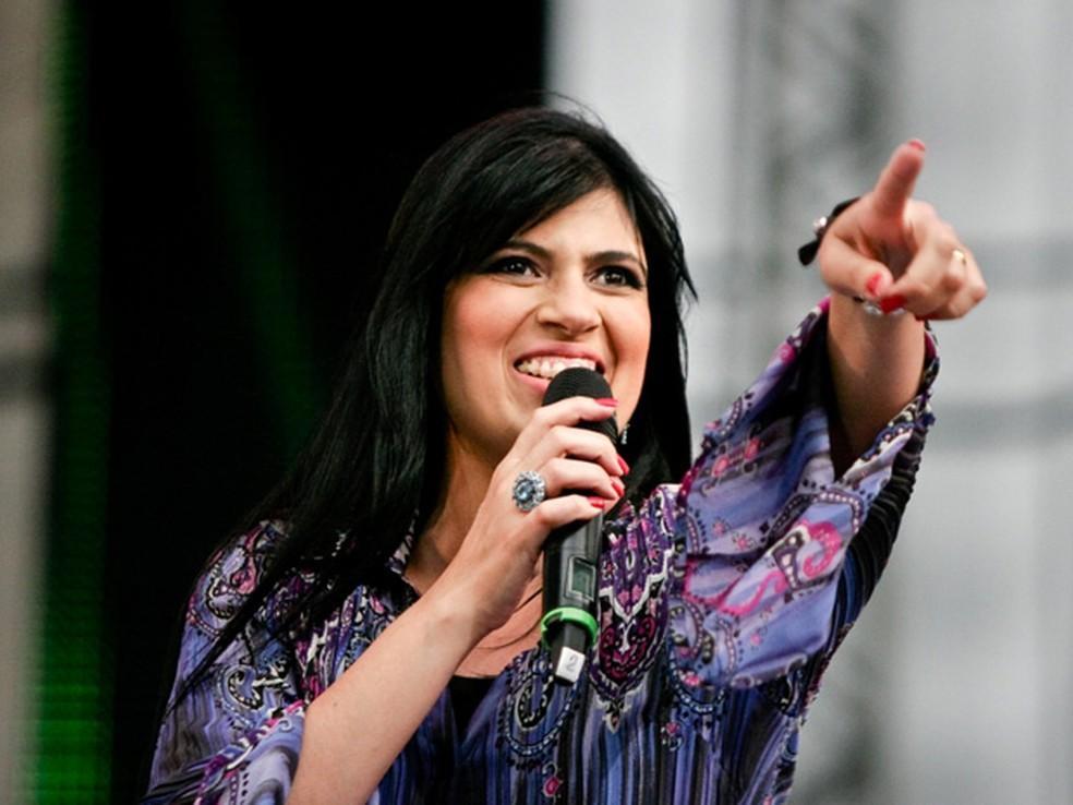Cantora Fernanda Brum sofreu tentativa de assalto na Baixada Fluminense. (Foto: Divulgação / Globo Rio)