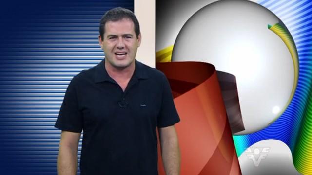 Leonardo Zanotti apresentando o Tribuna Esporte (Foto: Reprodução / TV Tribuna)