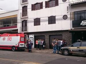 Homicídio no Bairro Alto dos Passos, em Juiz de Fora (Foto: Luiz Felipe Falcão/G1)