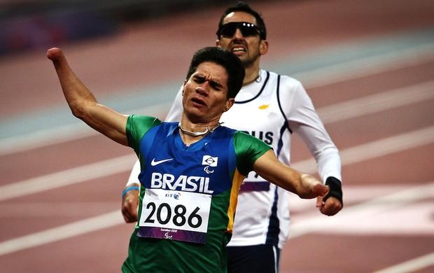 Yohansson do Nascimento 200m paralimpíada (Foto: Patrícia Santos / CPB)