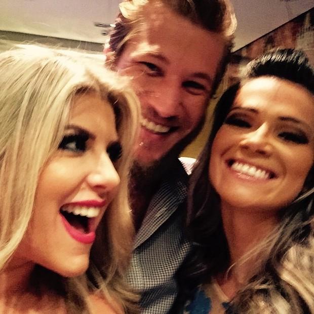 Iris Stefanelli, Diego Alemão e Fani Pacheco  (Foto: Instagram / Reprodução)