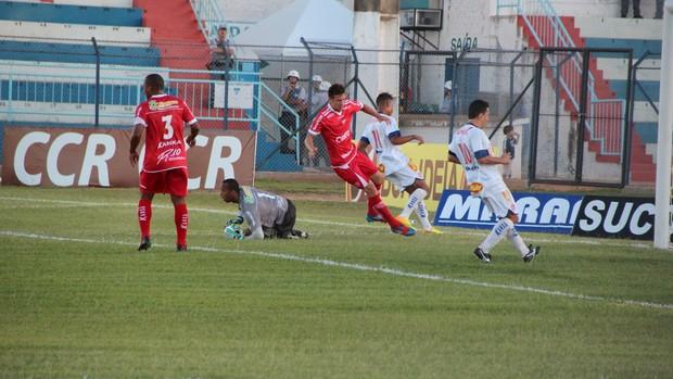 Lance da vitória do Penapolense sobre o Mogi Mirim (Foto: Silas Reche / CA Penapolense)