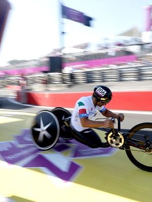 Alessandro Zanardi comemoração Paralimpíadas (Foto: AP)