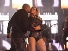 Beyoncé ganha beijo de Jay-Z durante show em Londres