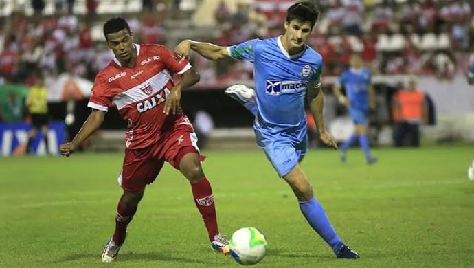 CRB x Macaé Filipe Machado (Foto: Ailton Cruz/Gazeta de Alagoas)