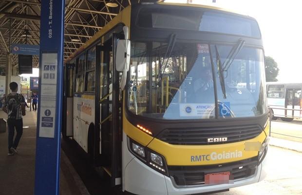 Novos veículos prometem redução de até 80% na emissão de poluentes (Foto: Fernanda Borges/G1)