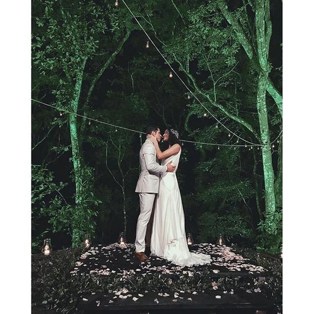 Débora Nascimento e José Loreto se casam no Rio (Foto: Reprodução/Instagram)