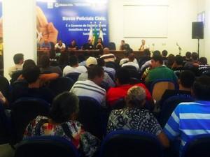 Assembleia de policiais civis em Vitória (Foto: Viviane Machado/ G1ES)