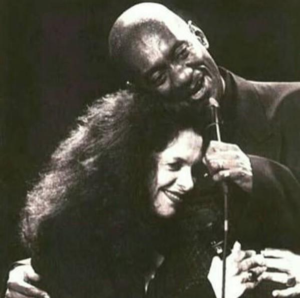 Morre o cantor Luiz Melodia em decorrência de um câncer na medula