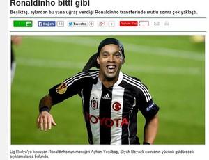 Ronaldinho jornal turco (Foto: Reprodução)