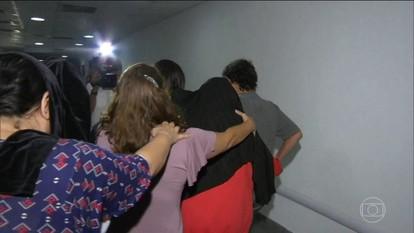 Polícia busca suspeitos de estuprar uma adolescente no Rio