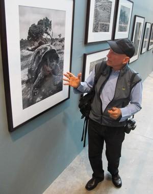 Sebastião Salgado fala sobre tartaruga-gigante que foi seu 1º animal fotografado (Foto: Fábio Tito/G1)