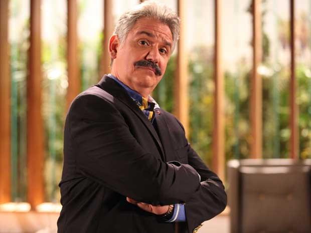 Ele será um empresário rico, mas muito pão duro (Foto: Pedro Curi/ TV Globo)