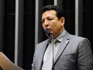 Dep. Roberto Góes durante expediente no plenário da Câmara dos Deputados, em Brasília, em março de 2015 (Foto: Gustavo Lima/Câmara dos Deputados)