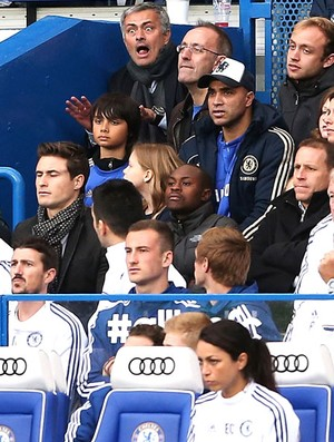 Mourinho Chelsea e Cardiff (Foto: Getty Images)