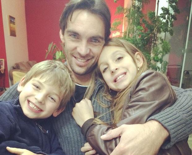 Paizão, Giba curte tempo livre com os filhos  (Foto: Arquivo Pessoal)