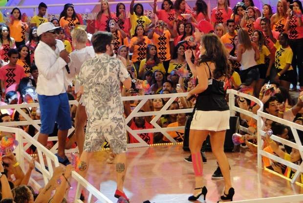 Ivete Sangalo se acaba durante gravação (Foto: TV Xuxa / TV Globo)