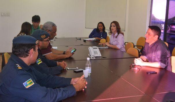 TV Sergipe realiza reunião técnica com a presença de representantes da SMTT e da PM (Foto: Divulgação / TV Sergipe)