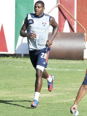 Elivelton, treino do Fluminense (Foto: Dhavid Normando / Photocamera)