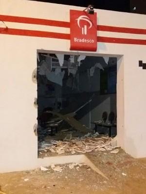 Crime aconteceu na madrugada desta segunda-feira (28) (Foto: Tiago Silva/Blog Japi em Foco)