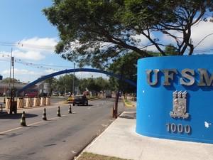 Movimento da UFSM é mais fraco que de costume (Foto: Felipe Truda/G1)