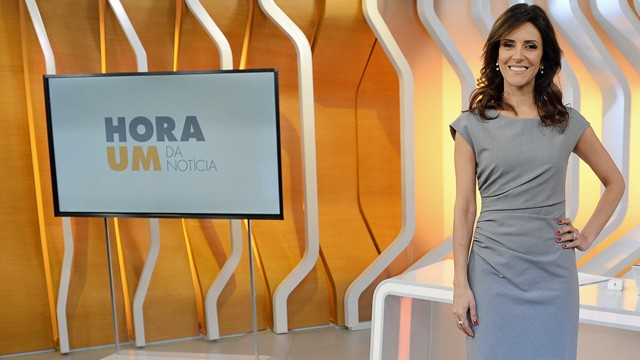 Monalisa Perrone comanda o Hora Um (Foto: Globo)