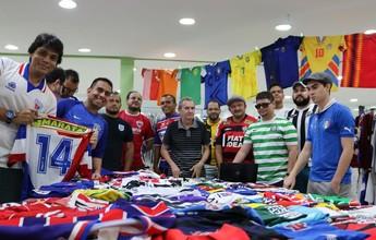 Colecionadores de camisas de futebol se encontram em Fortaleza