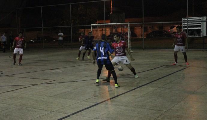 Ajax/Inter e Arbepi/Só Nois se enfrentaram pelo Piauiense de Futsal 2014 (Foto: Wenner Tito)