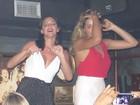 Bruna Marquezine e Sasha se acabam de dançar em boate em St. Barth