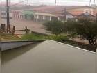 Chuva de 30 minutos causa estragos em cidades da região de Itapetininga