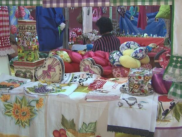 A feira da Economia Solidária vai até o domingo (3) (Foto: Reprodução/TV Acre)