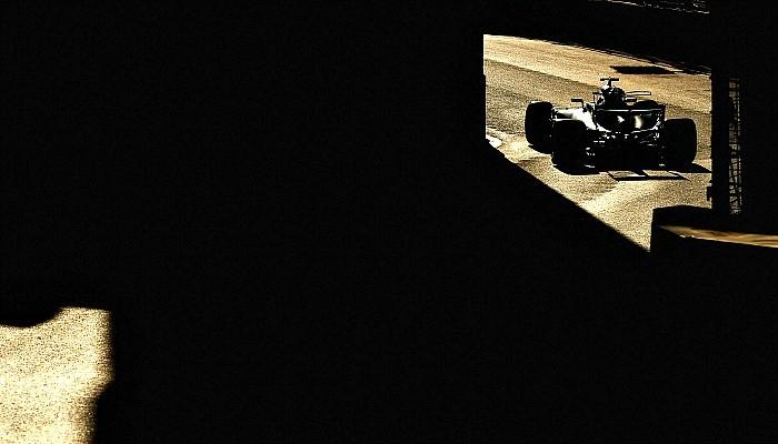 Lewis Hamilton é pole do GP do Azerbaijão
