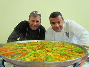 Chefs Alessandro Eller e Gilson Surrage dar&#227;o aulas-show. (Foto: Divulga&#231;&#227;o/ Festival Sabor das Montanhas)