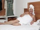 Dona Geralda posa antes do Miss Bumbum Melhor Idade: 'Confiante'