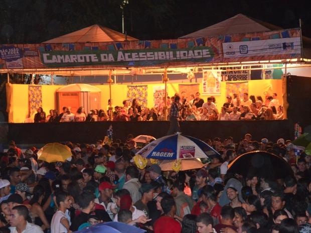 Monitores e intérpretes capacitados auxiliarão os participantes (Foto: Divulgação/Ascom)