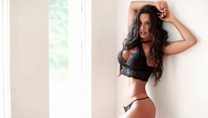 Fernanda D'avila no paparazzo