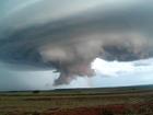 Tornados podem atingir velocidade de até 400 km/h; entenda o fenômeno