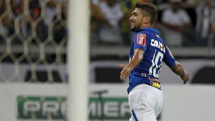 """54b5f5ebe1 Arrascaeta decide mais um clássico para o Cruzeiro e se torna """"carrasco"""""""