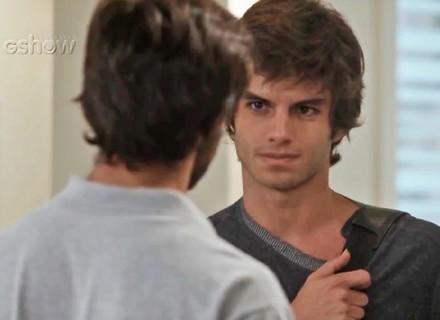 Teaser: Fabinho admite sentir inveja de Jonatas