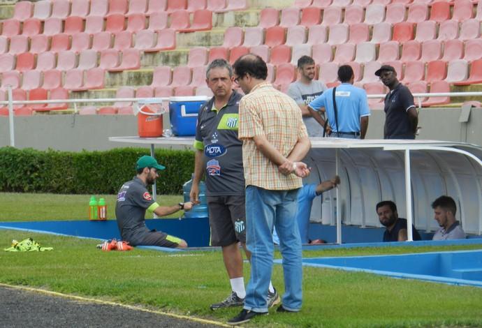 Alexandre Barroso Técnico e Guto Braga presidente Uberlândia Esporte Clube (Foto: Lucas Papel)