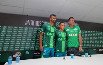 Chape apresenta Artur Moraes e F. Bruno junto com homenagem a Nenén
