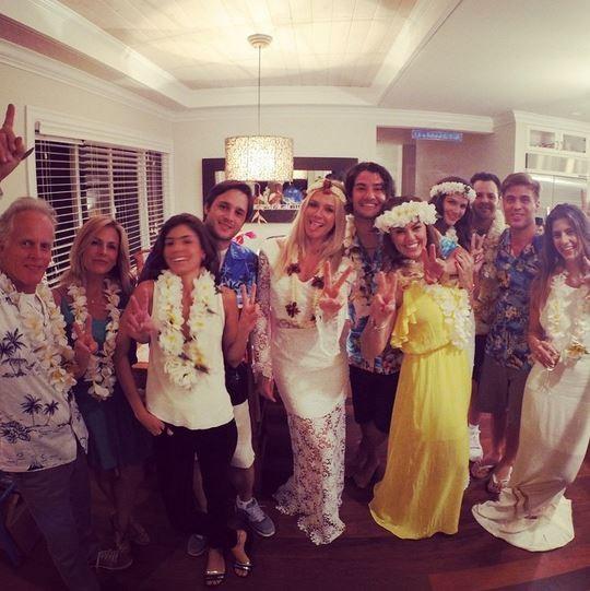 Alexandre Pato, Fiorella Matheise e família (Foto: Instagram / Reprodução)