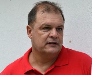 Edson Vieira técnico Taubaté (Foto: Danilo Sardinha/GloboEsporte.com)