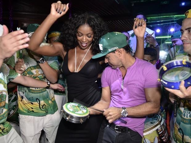 Cris Vianna e Zezé Di Camargo em evento em evento na Zona Sul no Rio (Foto: Roberto Teixeira/ EGO)