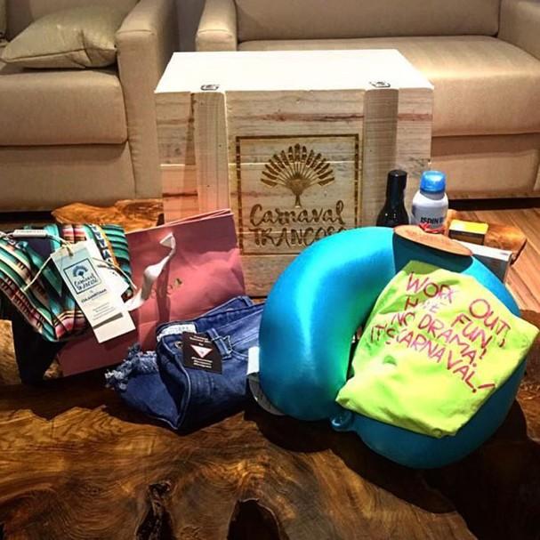 Bruna mostrou o kit carnavalesco no Instagram (Foto: Reprodução/Instagram)